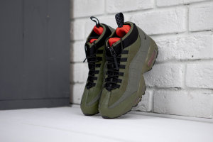 Кроссовки Nike Air Max 95 Sneakerboot 'Army green/red'