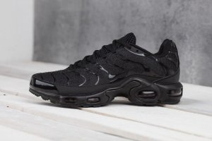 Кроссовки Nike AIR MAX PLUS TXT