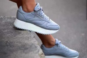 Кроссовки  Reebok CL Leather utility blue