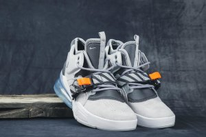 Кроссовки Nike Air Force 270 gray